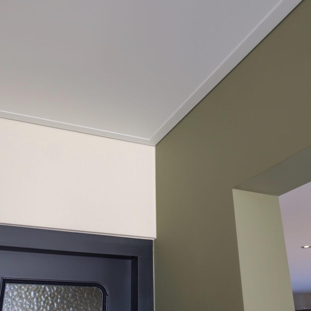 Stuc-Combi latex spuiten Eindhoven Veldhoven muren en plafond